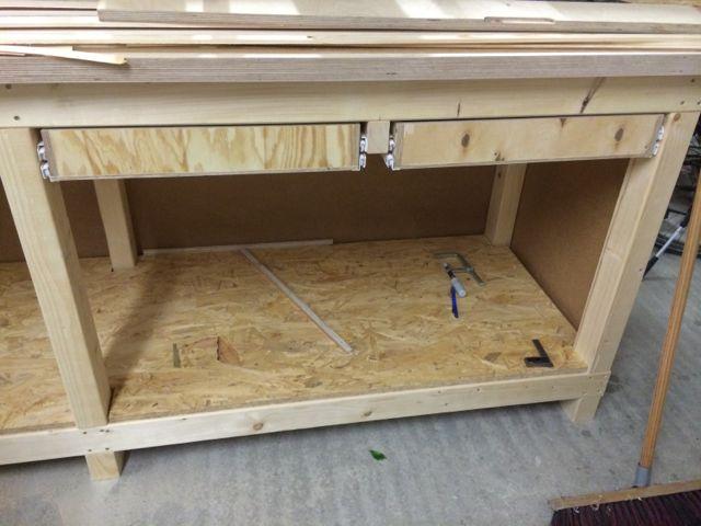 stabile werkbank teil 3 schubladen holz und leim. Black Bedroom Furniture Sets. Home Design Ideas