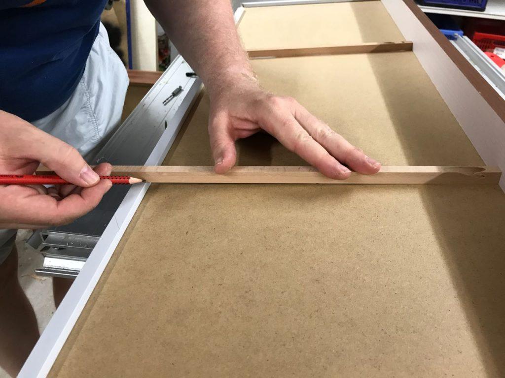 schubladen dauerhaft reparieren holz und leim. Black Bedroom Furniture Sets. Home Design Ideas