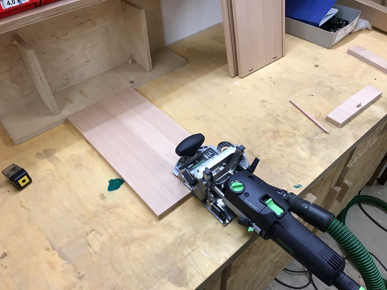 Tv lowboard aus buche teil 3 schubladen bauen holz und leim - Lowboard bauen ...