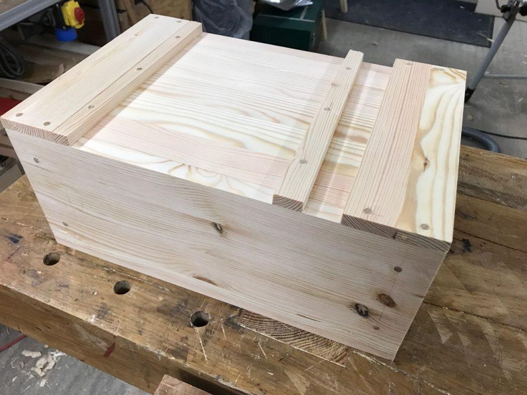 Relativ Japanische Werkzeugkiste aus Massivholz - Holz und Leim VY47